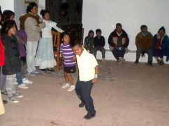 Y los niños también bailan saya