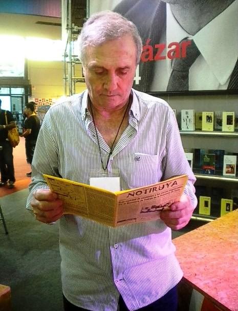 """Roberto Perfumo, el """"Mariscal"""", lee NOTIRUYA"""
