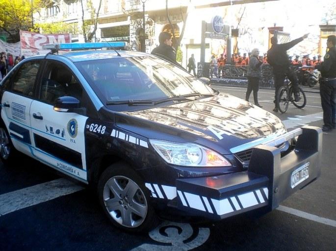 """Un patrullero """"inteligente"""", de la policía federal"""
