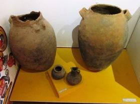 Antiguas vasijas usadas por los lugareños