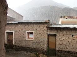 Copiosa lluvia con granizo cae en la tarde de Iruya